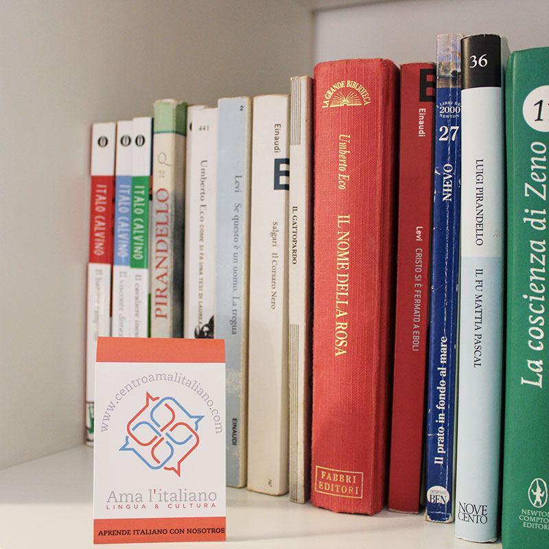 Biblioteca y mediateca en italiano